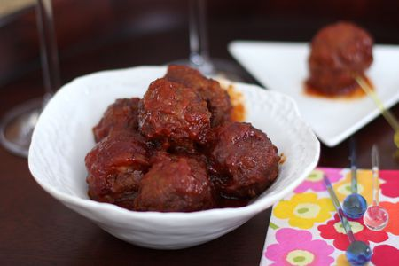 crockpot meatballs with bbq sauce and apricot preserves
