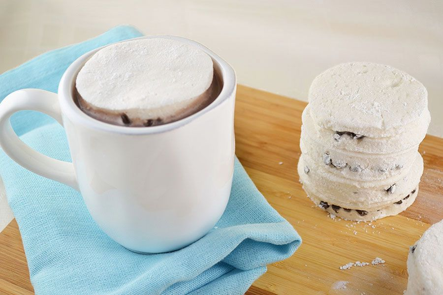 Marshmallow chocolate chip mug toppers