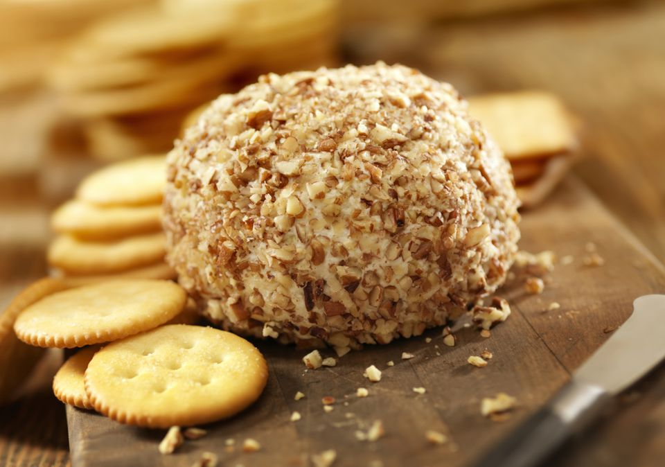 Salmon cheese ball and crackers