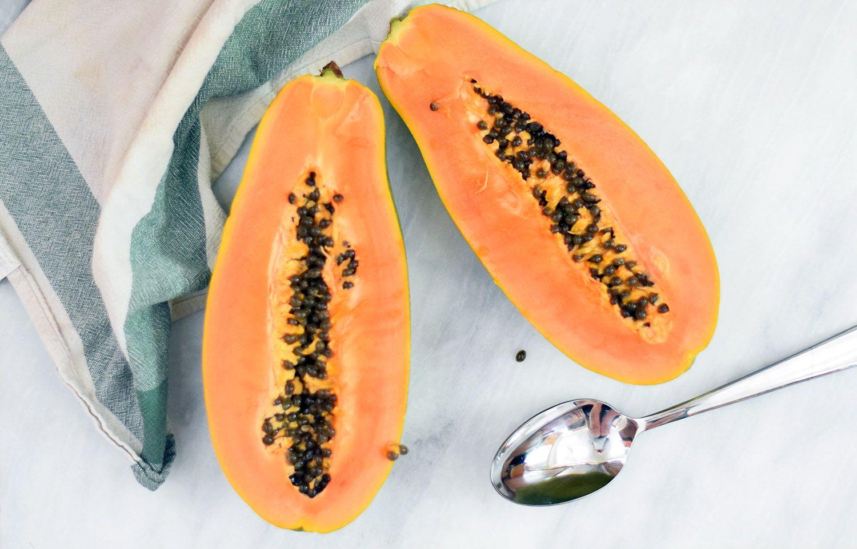 How to Cut and Eat a Papaya