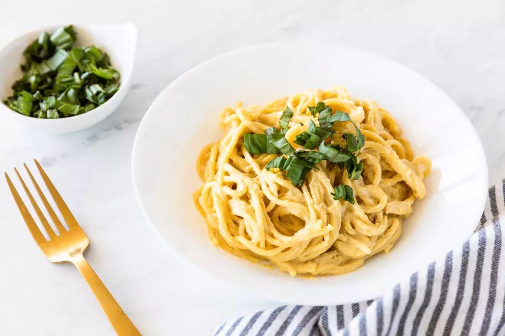 Easy Vegan Nutritional Yeast Pasta