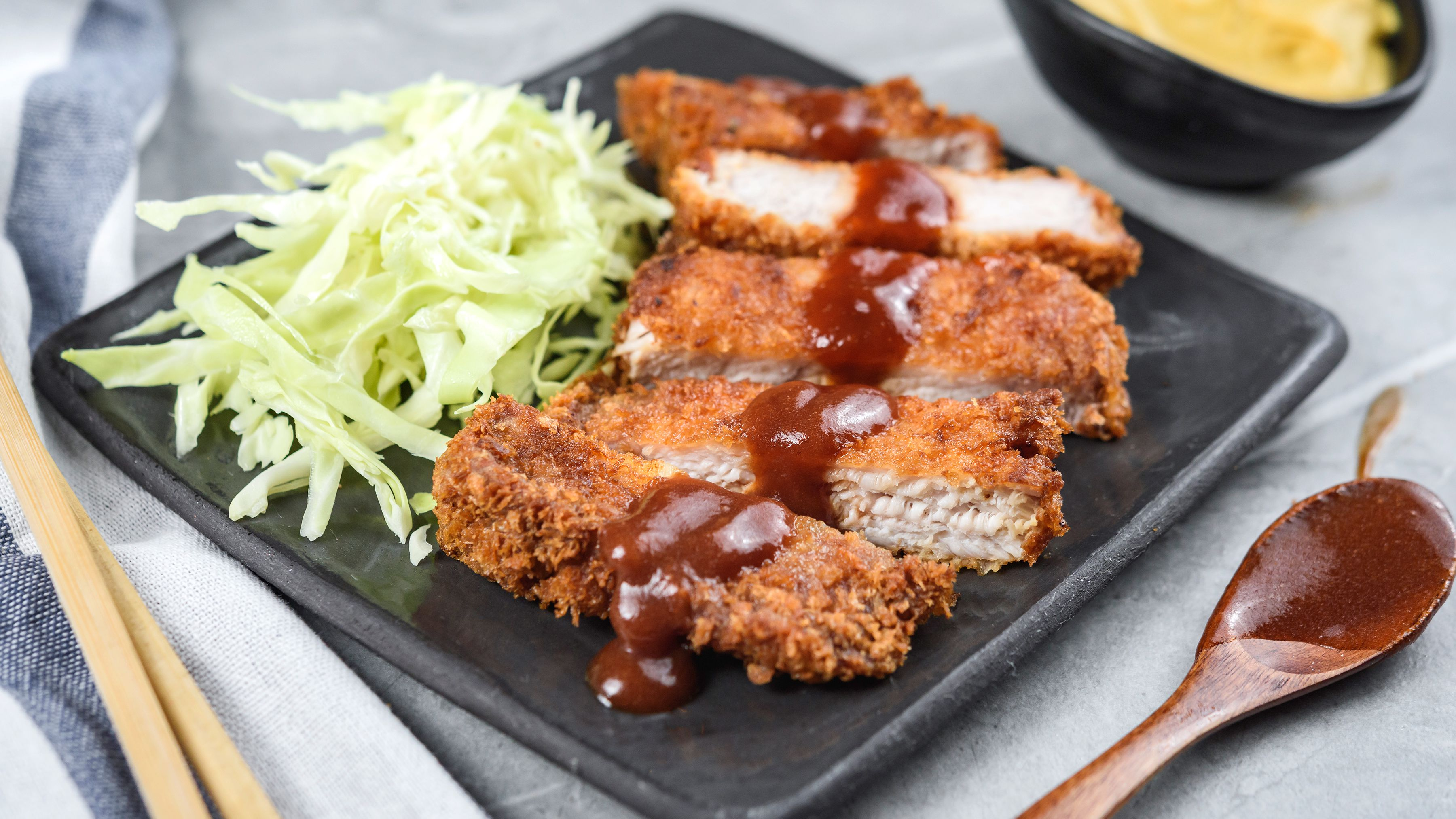 Japanese Fried Pork Cutlet (Tonkatsu) Recipe