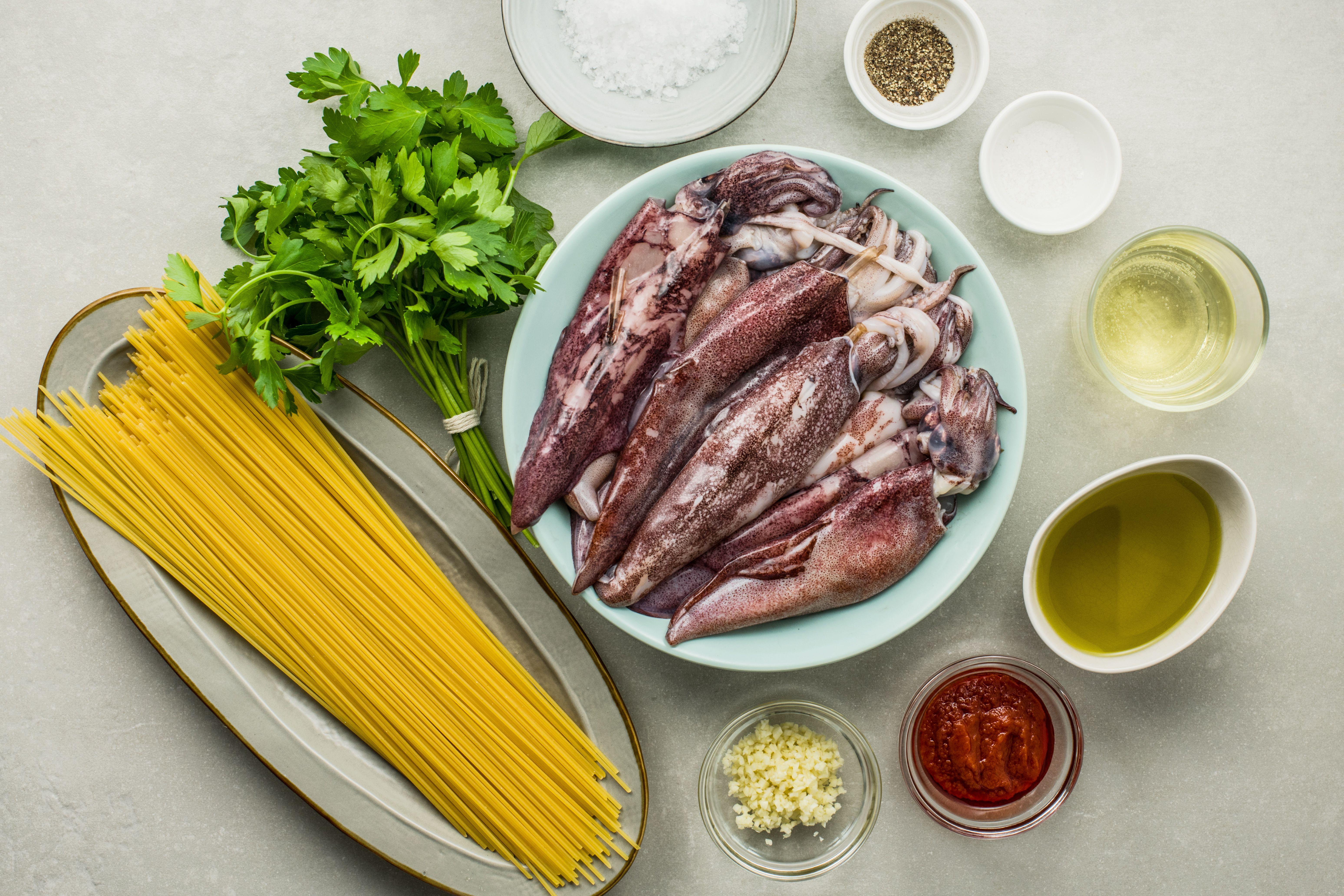 Ingredients for spaghetti al nero di seppia