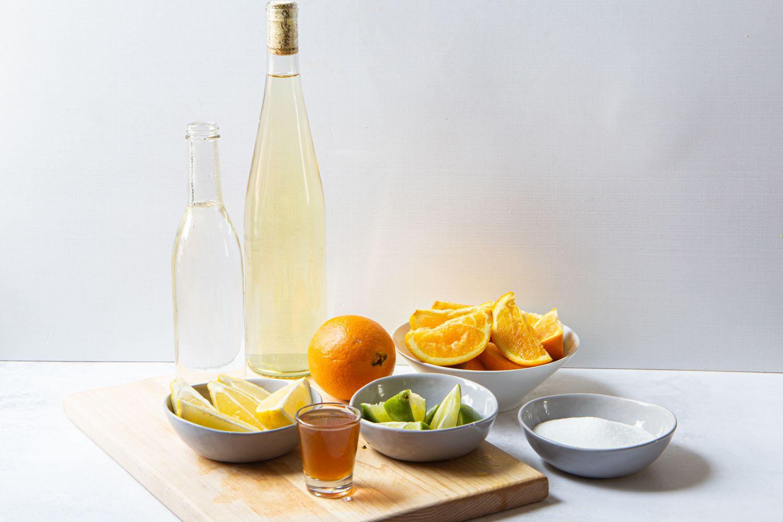 Simple white wine sangria ingredients