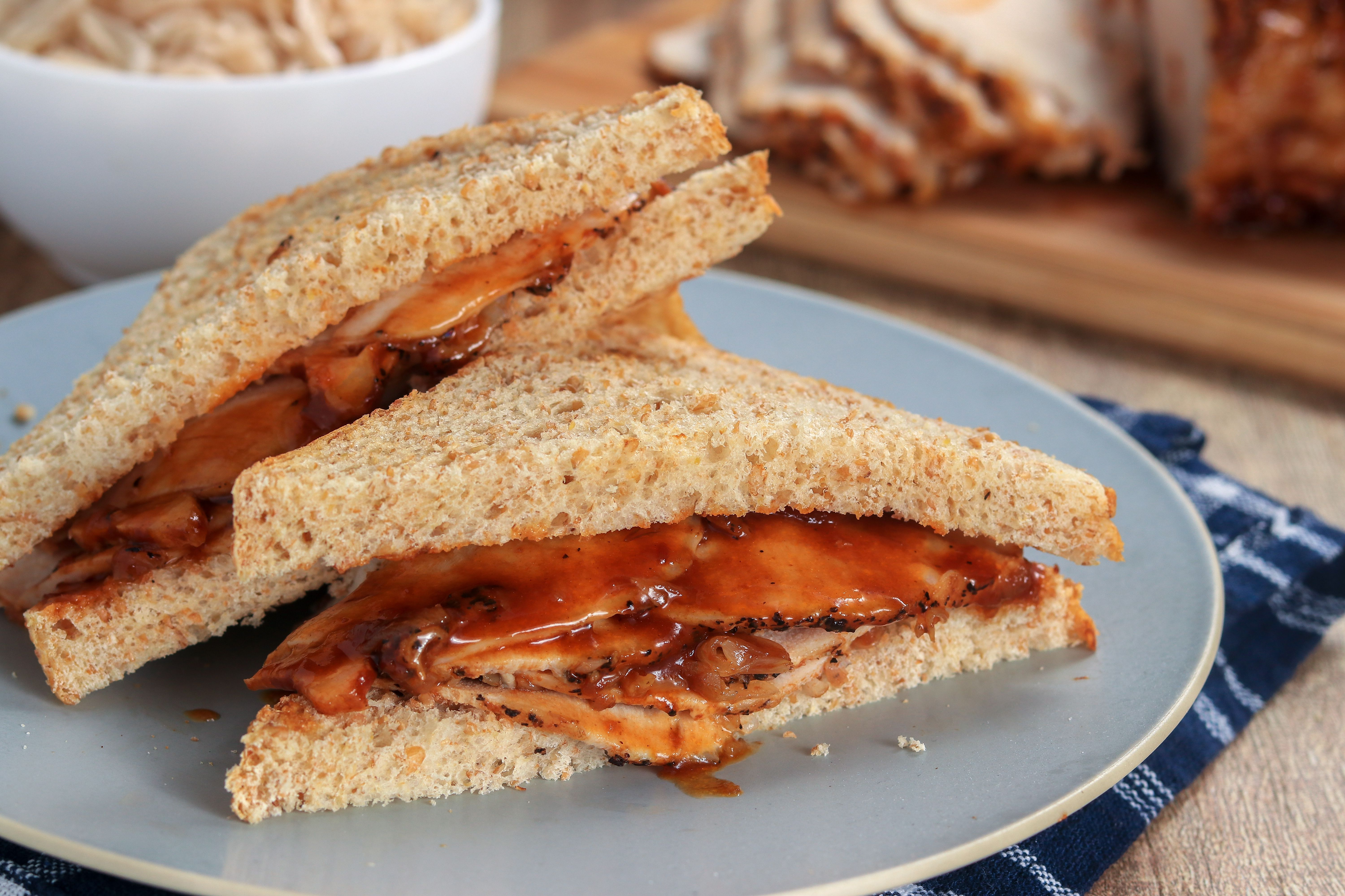 Easy Slow Cooker Pork Loin Barbecue sandwich