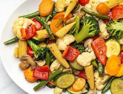 Vietnamese Stir-Fried Mixed Vegetables