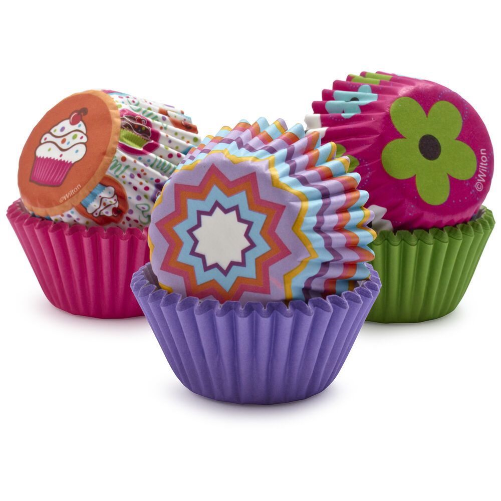 wilton-pinks-and-more-cupcake-liners