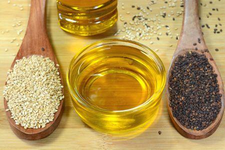 Sesame Oil: Varieties, Uses, Purchasing and Storage