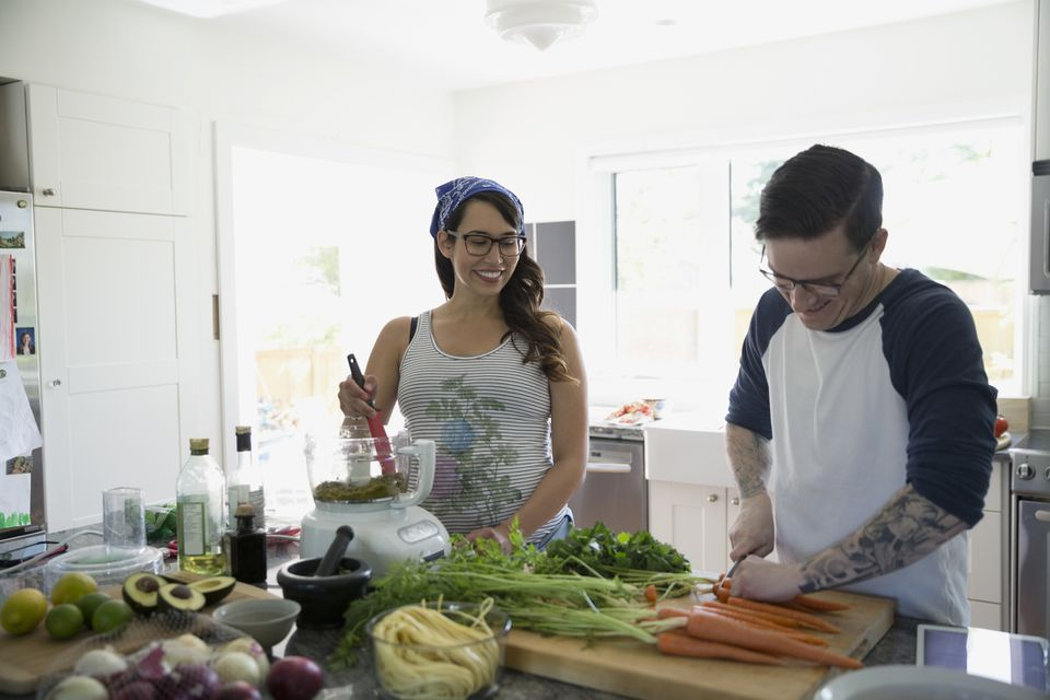 couple using food processor