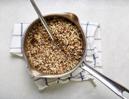 Fluff quinoa with a fork