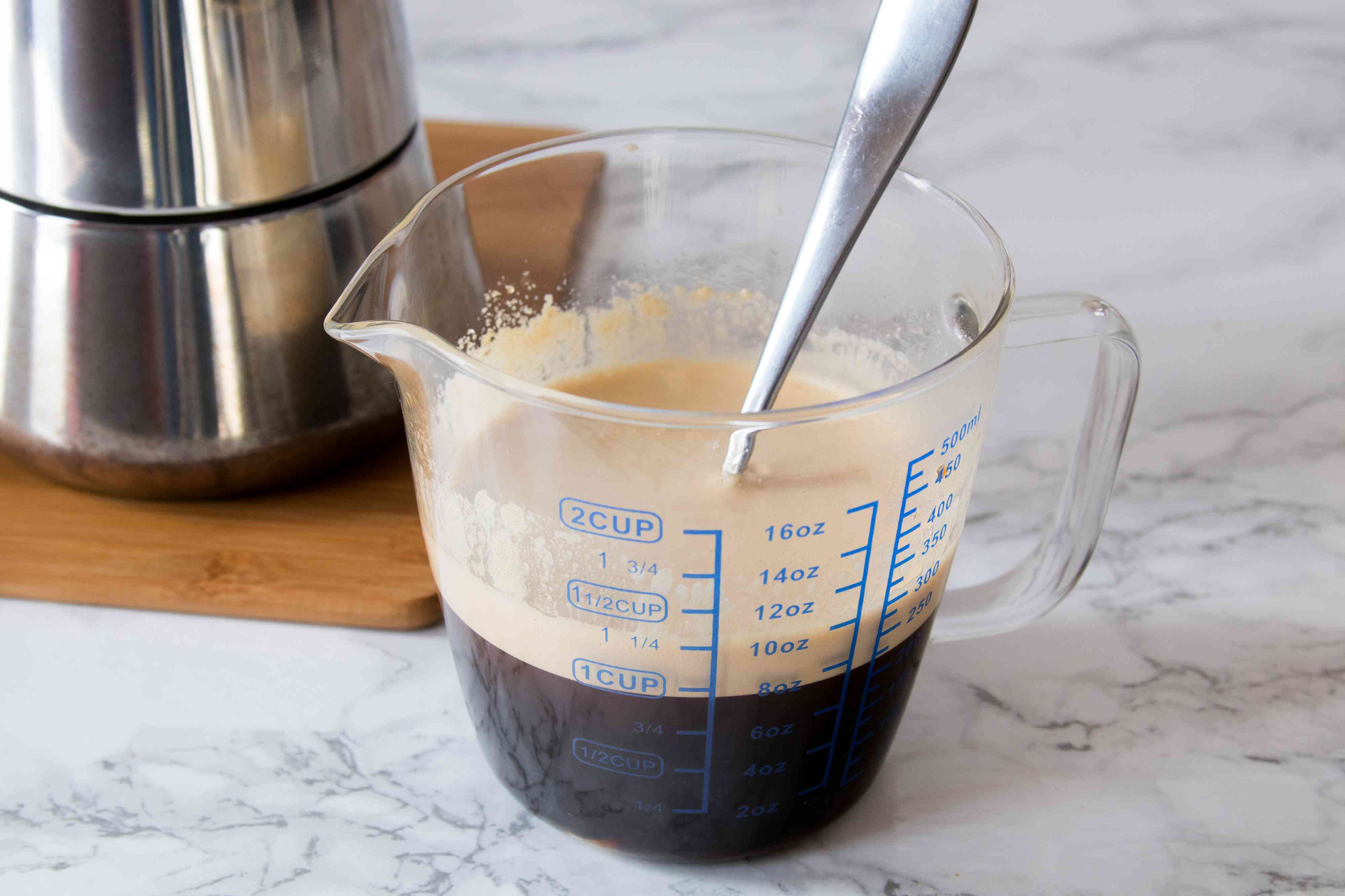 Forming the Ideal Crema for Cuban Coffee