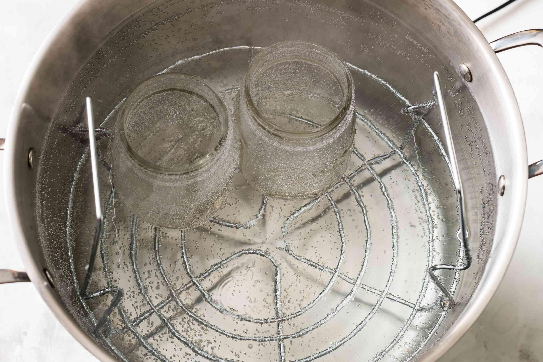 Prepare jars for fig jam in boiling water