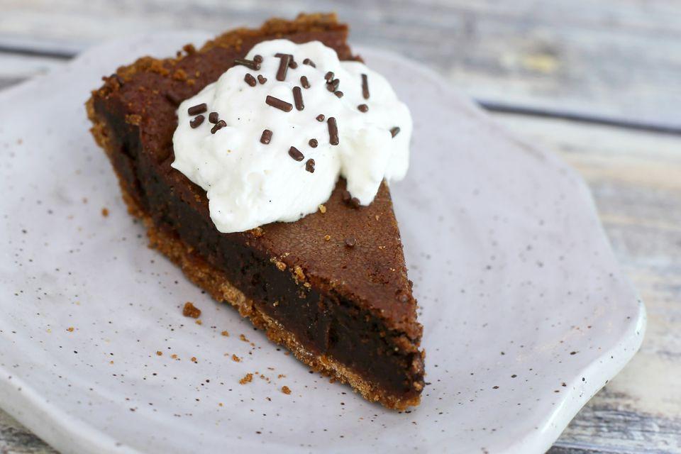 Creamy Baked Chocolate Pie