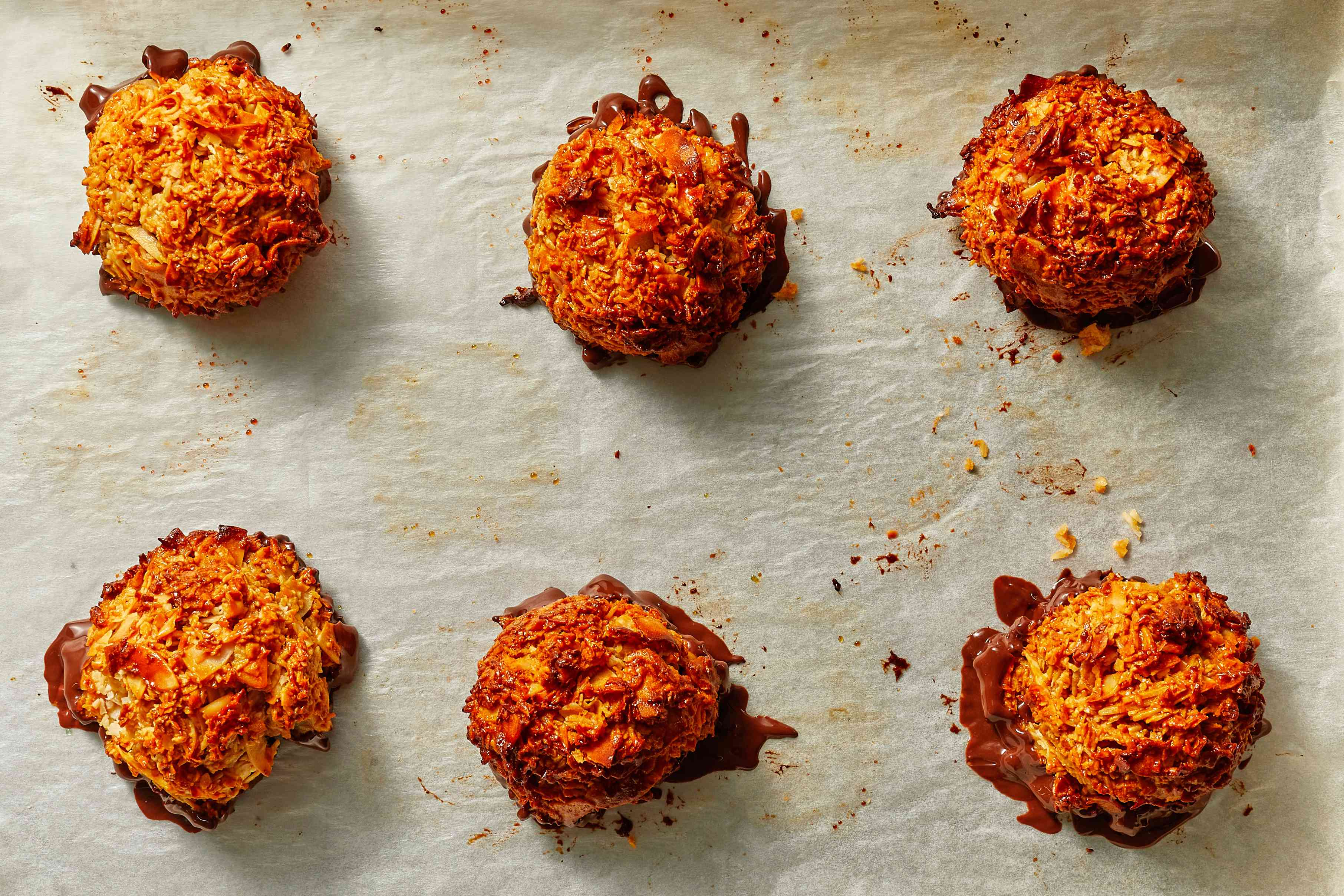 Cocadas - Coconut Macaroons With Dulce de Leche and Chocolate