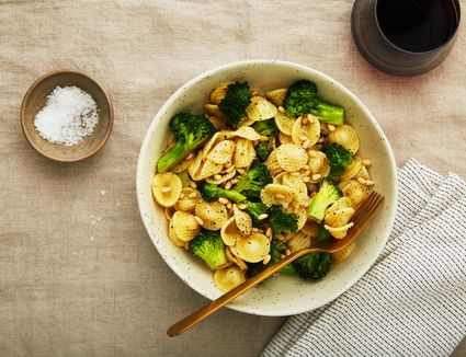 Lemon pasta with pine nuts and broccoli