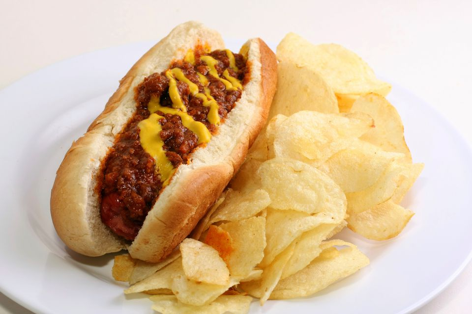 Chili Dog with Chips