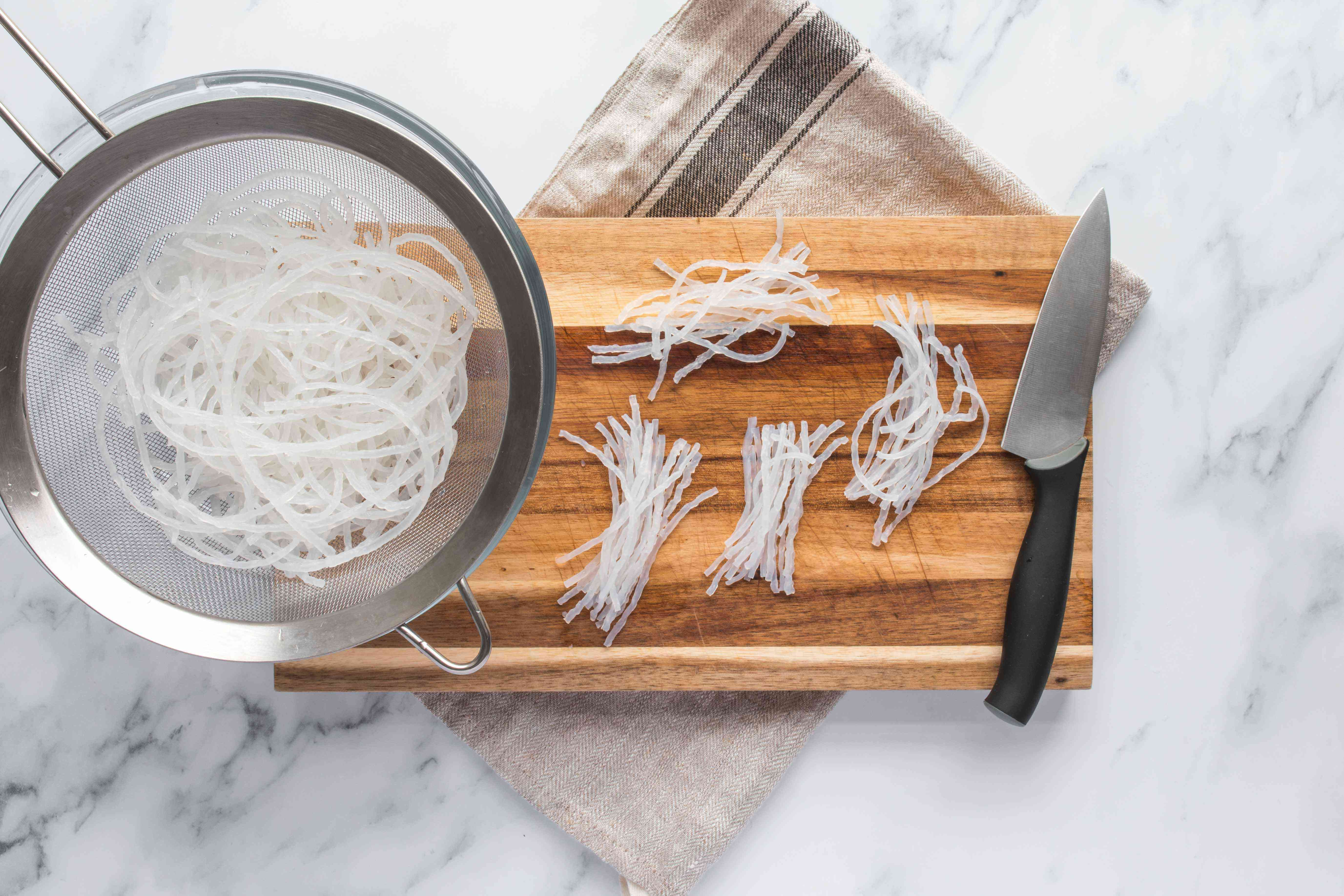 Drained and cut noodles