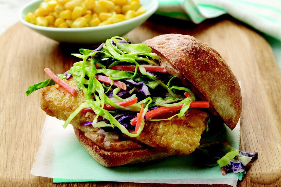 Fish sandwich with crunchy coleslaw