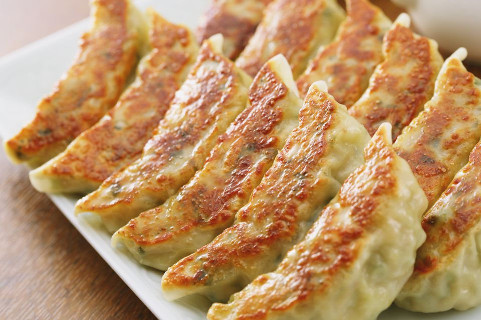 Recipe for shrimp gyoza japanese potstickers forumfinder Image collections