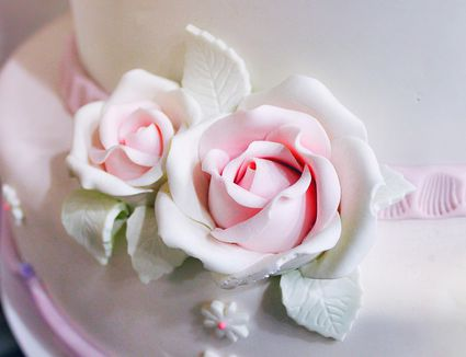 Cake with gum paste flower