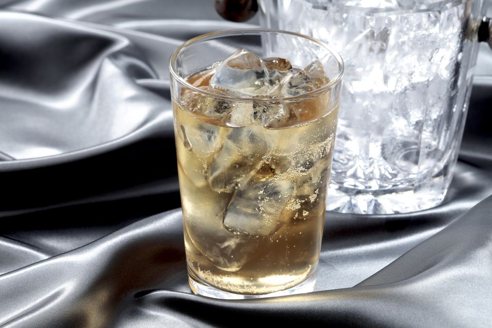 Presbyterian Cocktail - Whiskey and Soda
