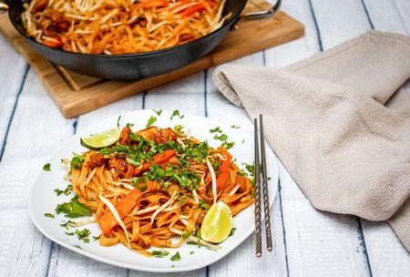 Easy gluten freevegan thai fried rice noodles thai fried rice noodles ccuart Images