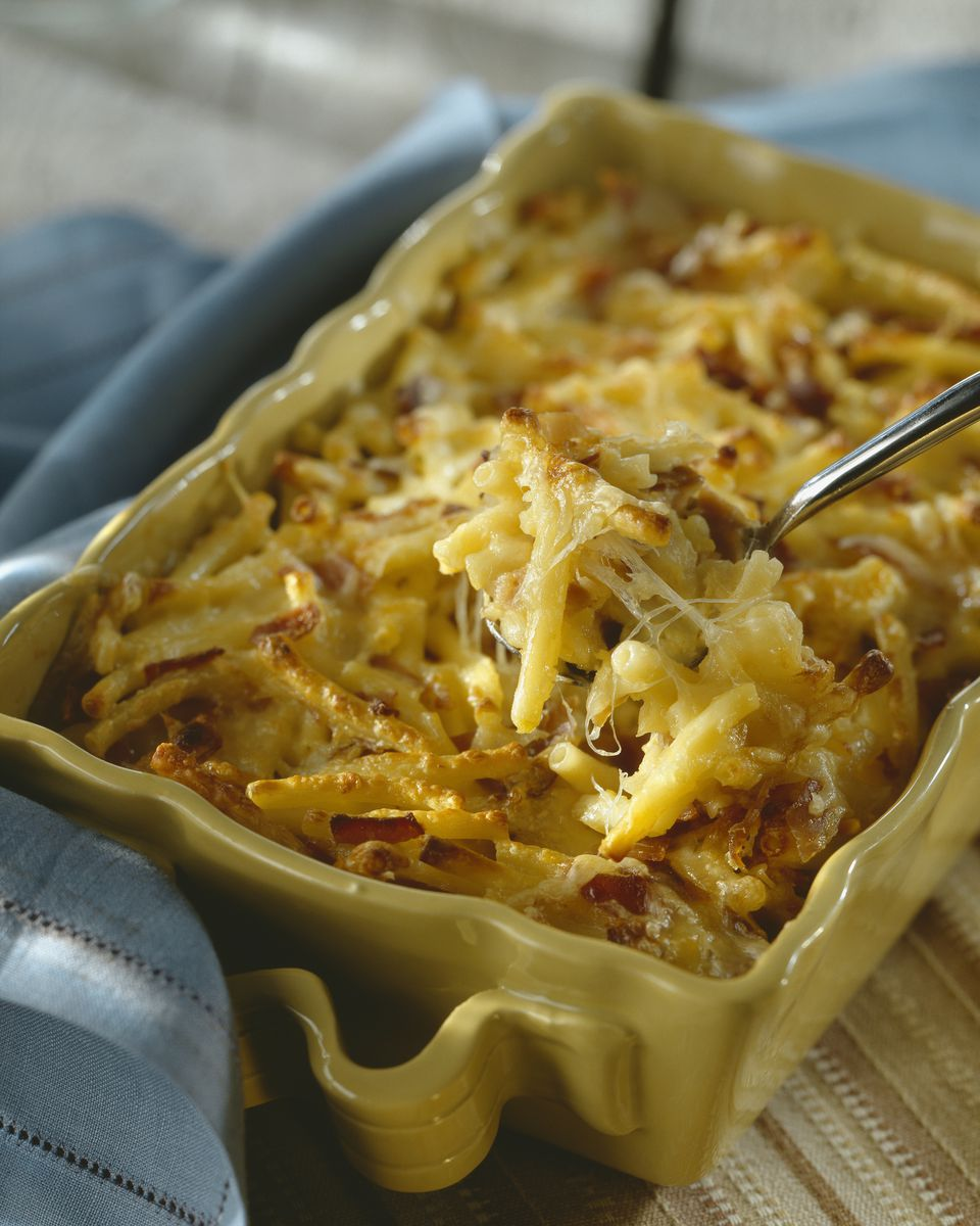 Macaroni and cheese in baking dish, close up