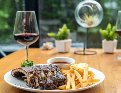 Ribs and Red Wine