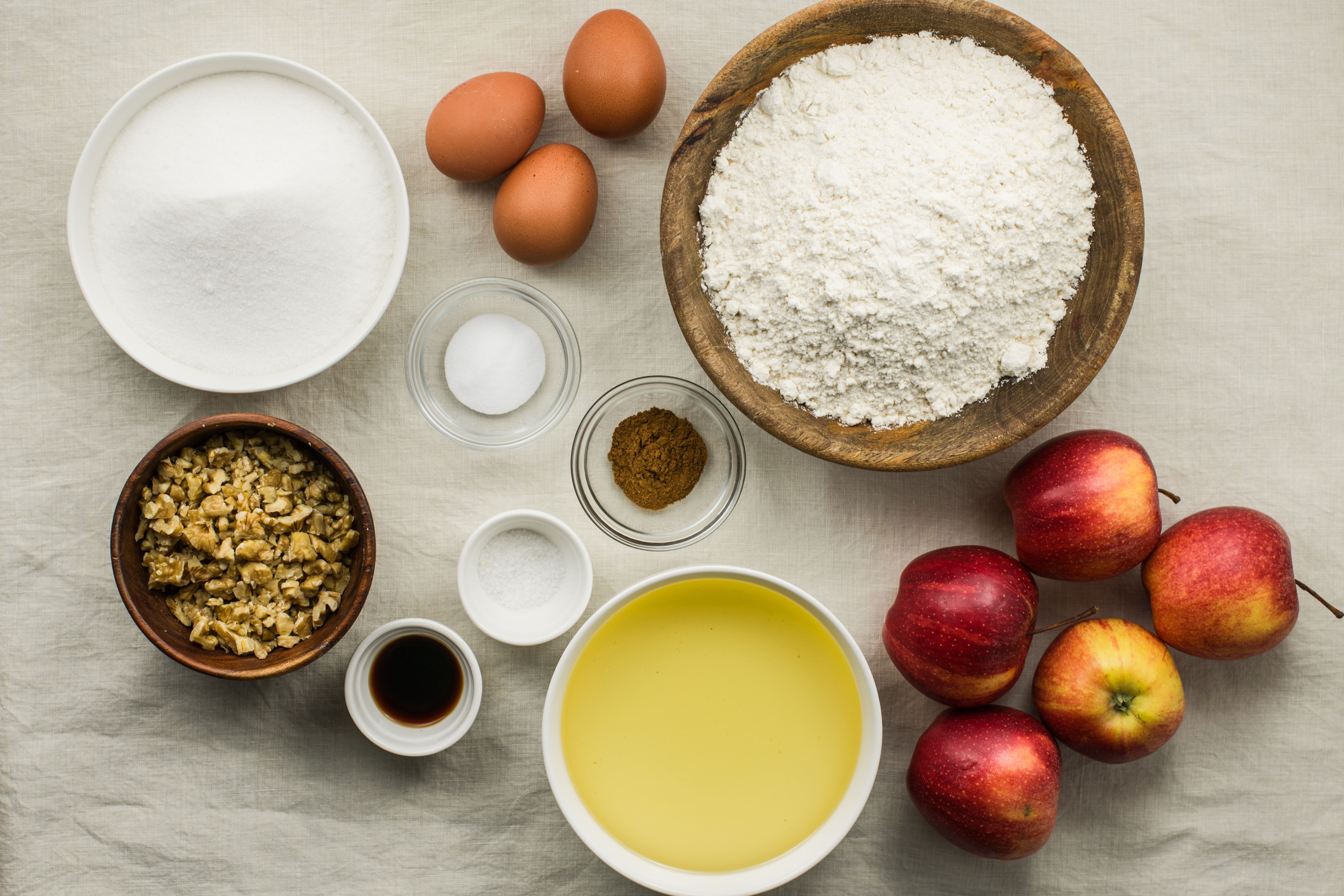 Ingredients for warm apple cake