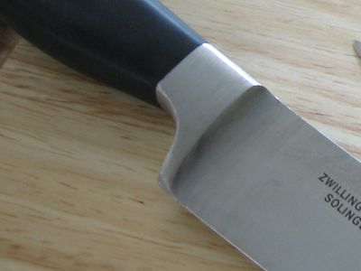 The Differences Between a Forged and Stamped Knife