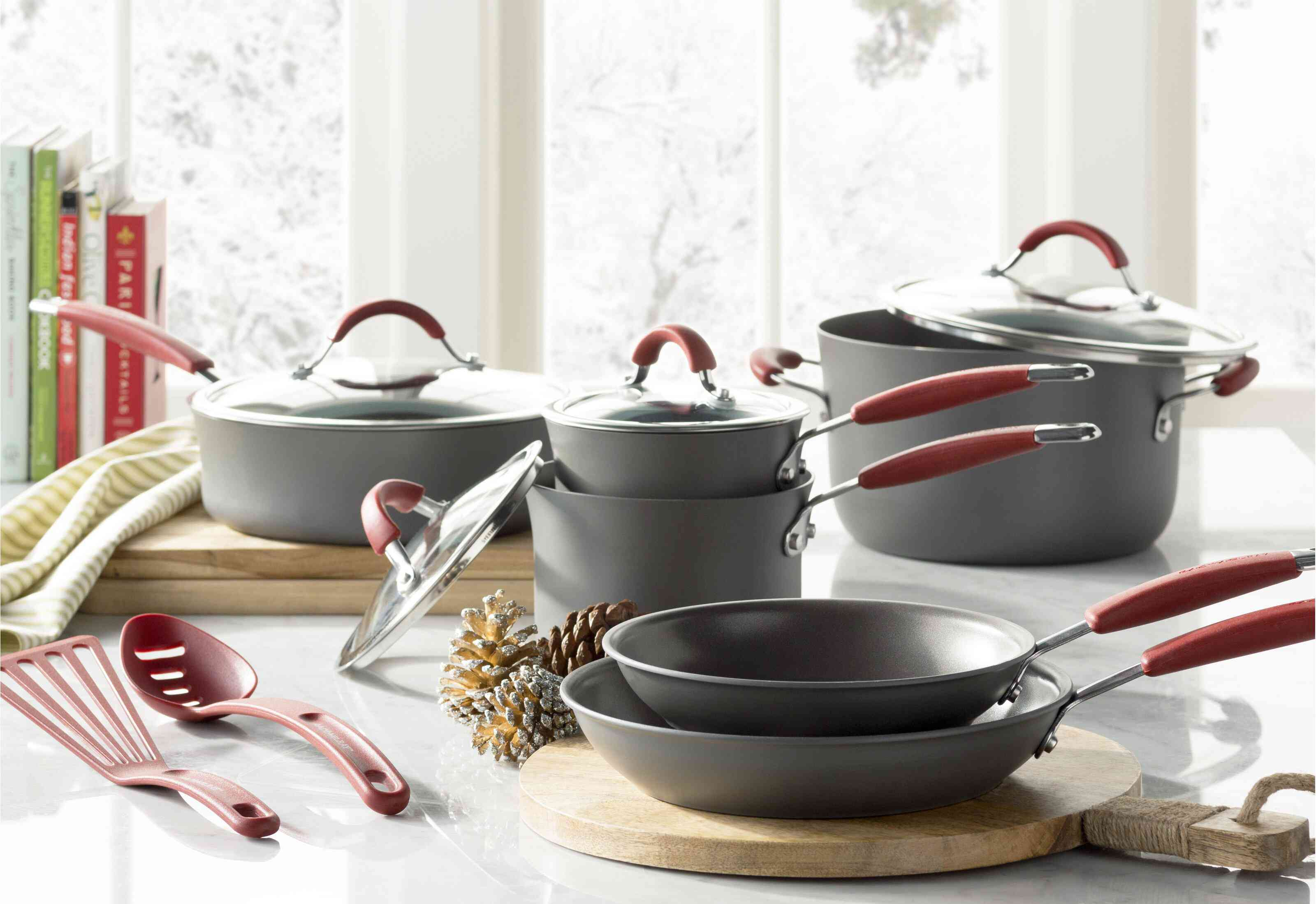 Rachael Ray Hard Anodized Nonstick Cookware Set