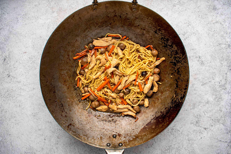 Chicken Lo Mein Stir-fry in a wok