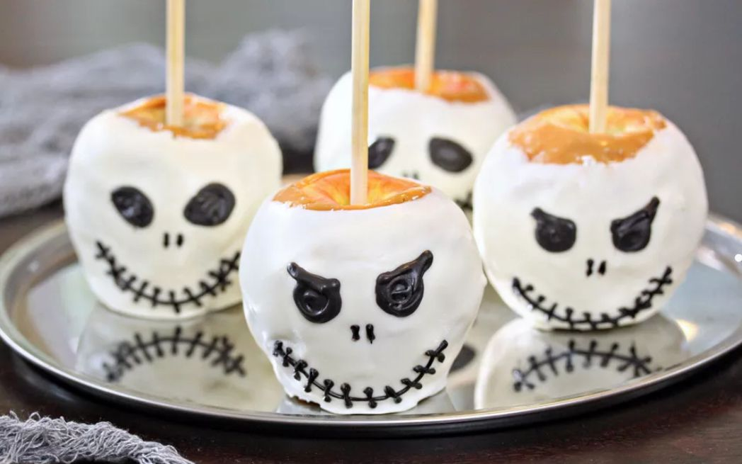 Skull Caramel Apples
