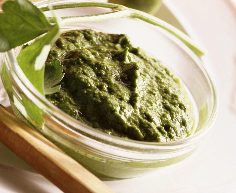 Pesto vegano de alcachofa y nuez