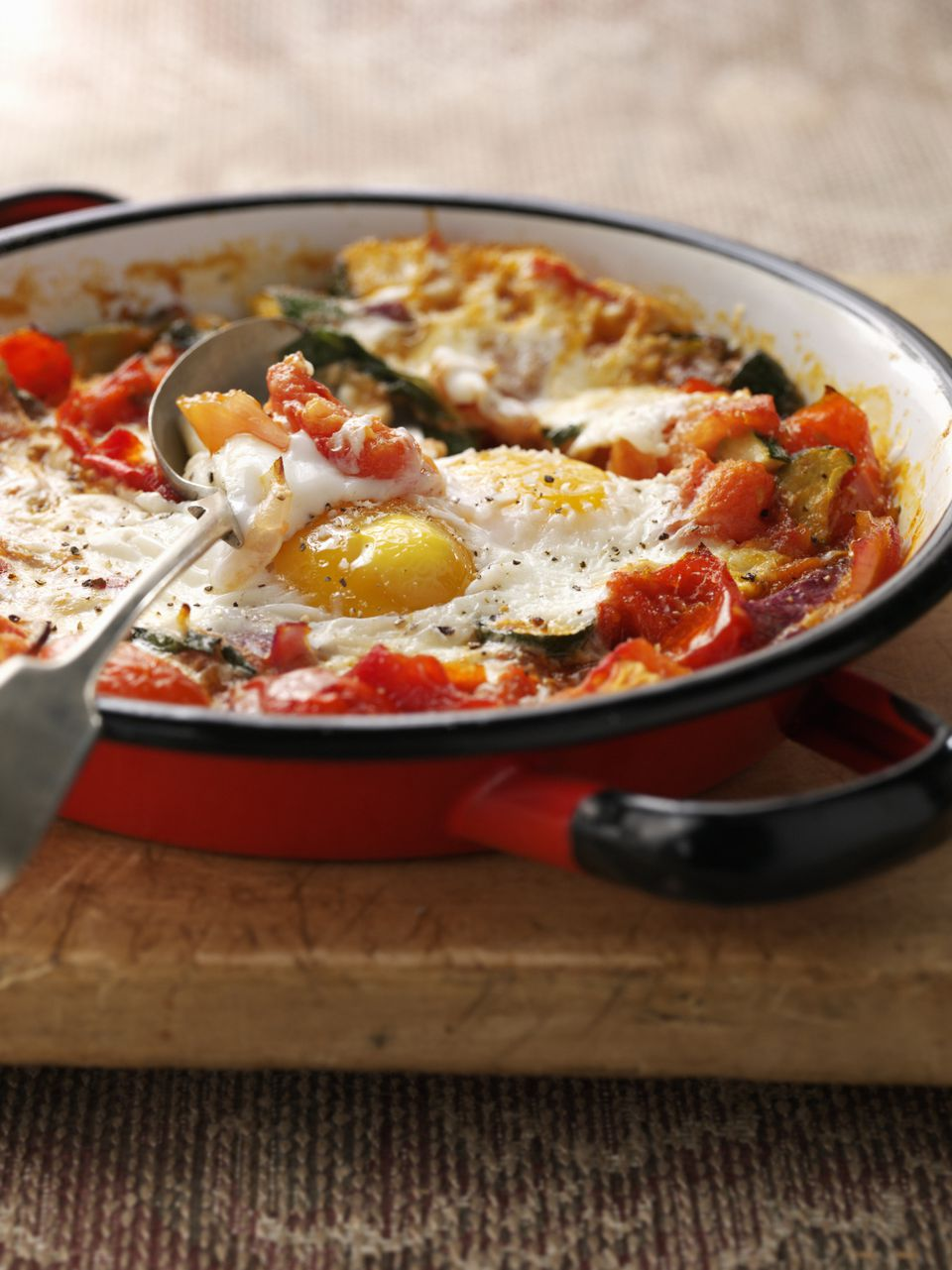 Spanish baked eggs recipe
