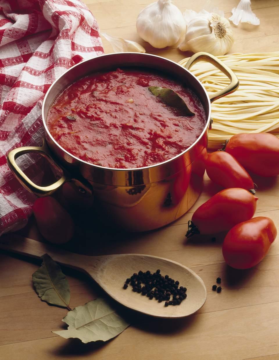 Salsa marinara al estilo napolitano (Salsa di Pomodoro alla Napolitana)