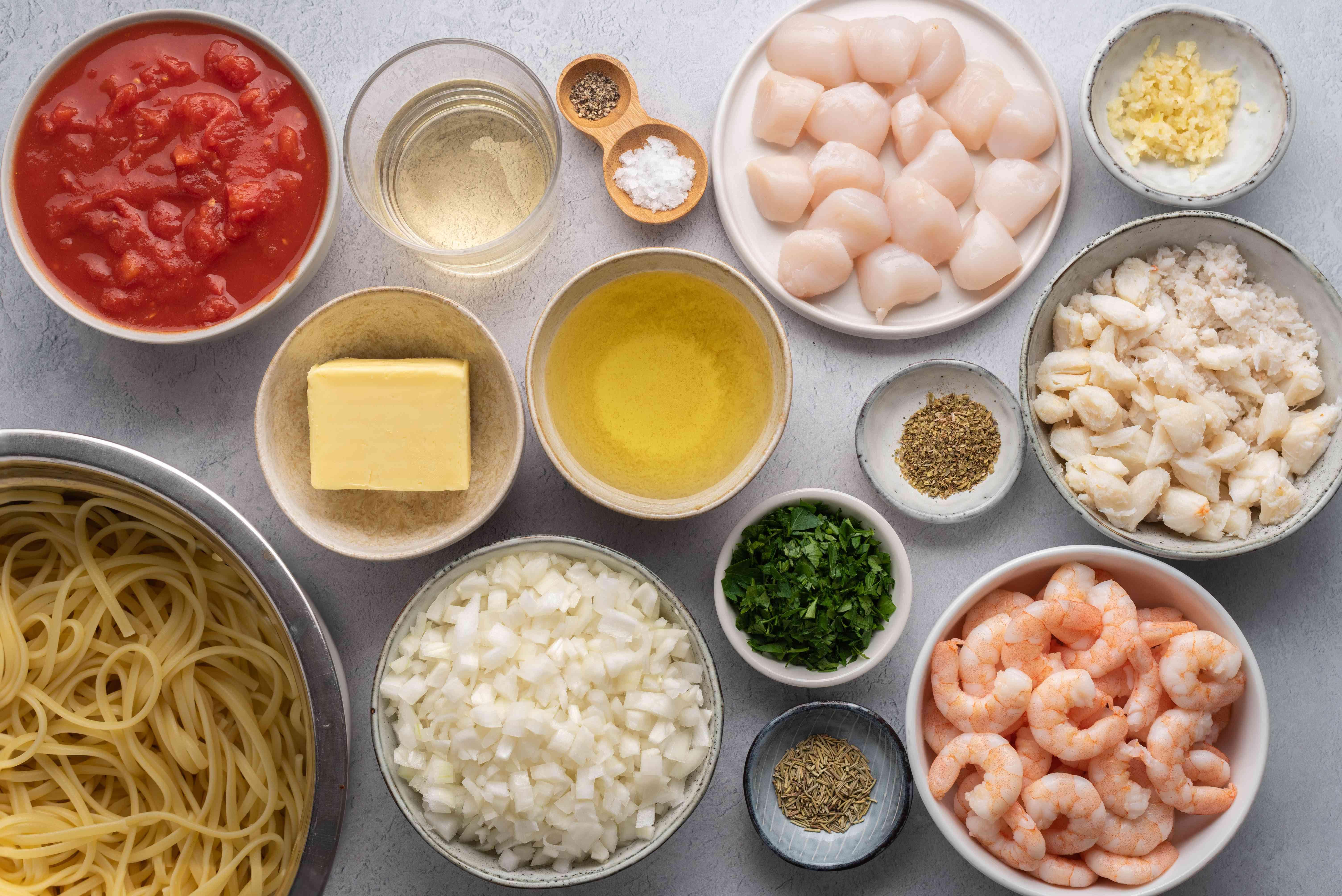 Lanie's Easy Seafood Linguine ingredients