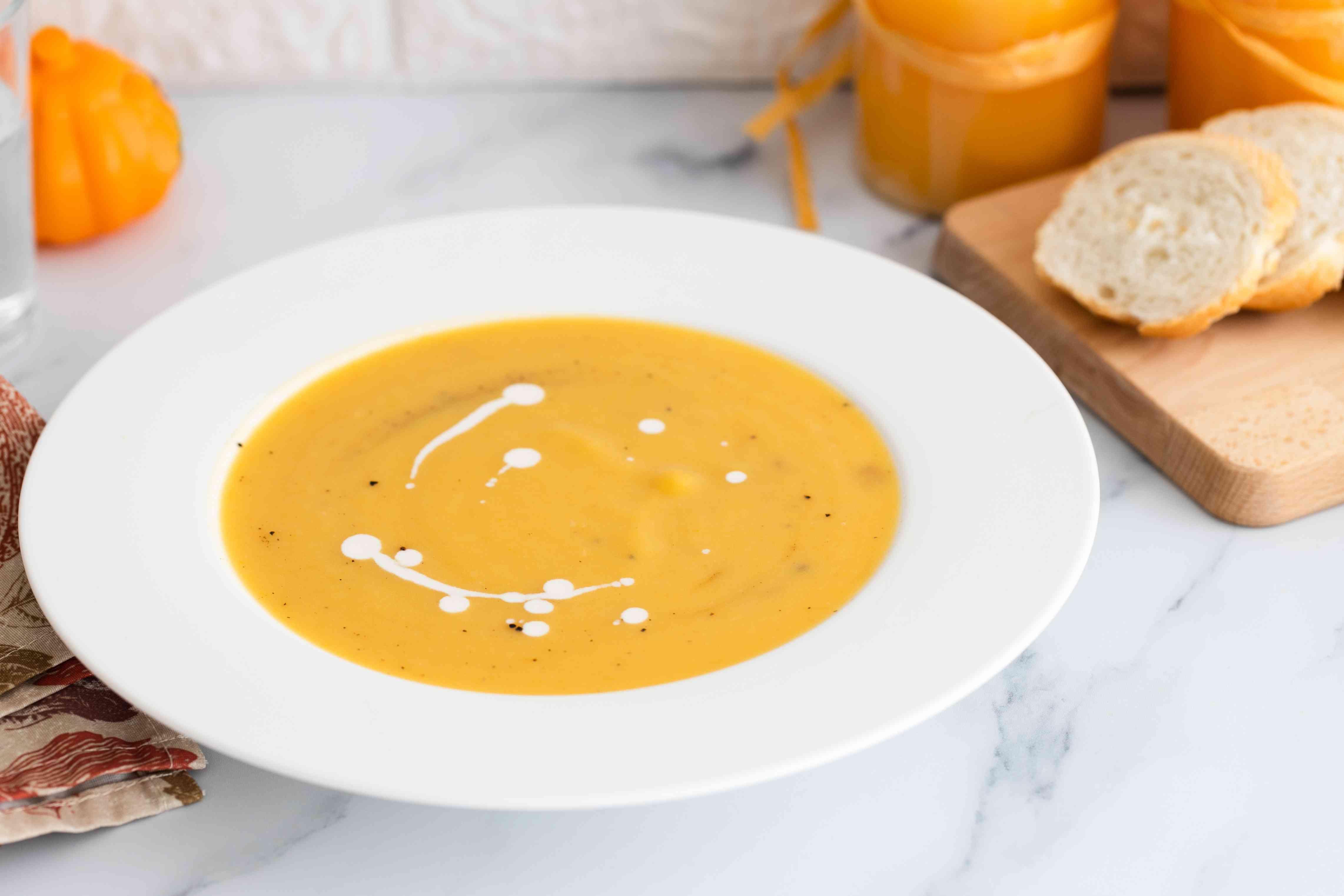 Traditional pumpkin soup recipe