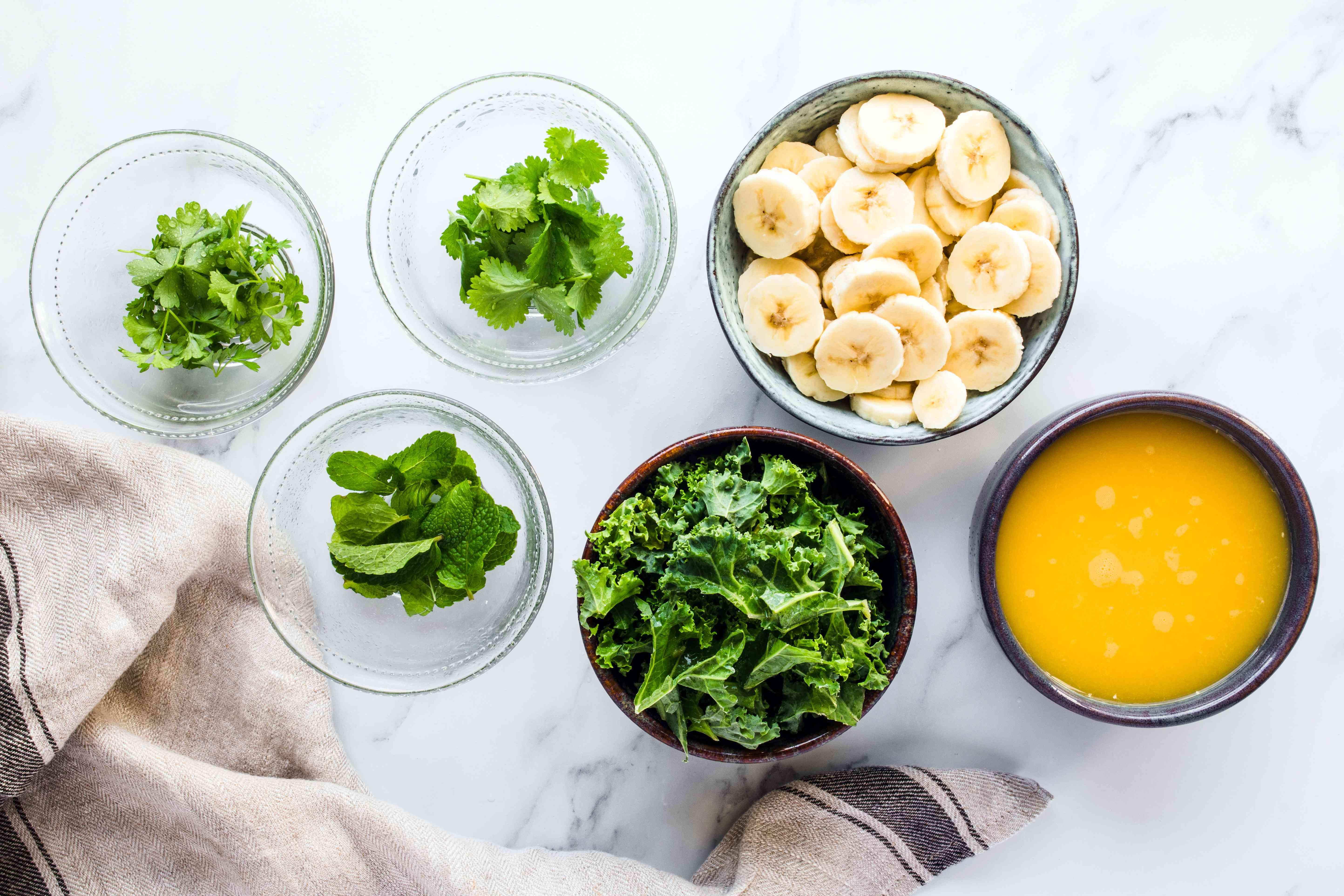 Ingredients kales smoothie