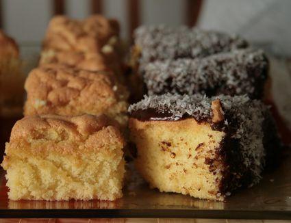 Mousseline cakes and Lamingtons