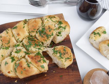 pull apart garlic bread rolls