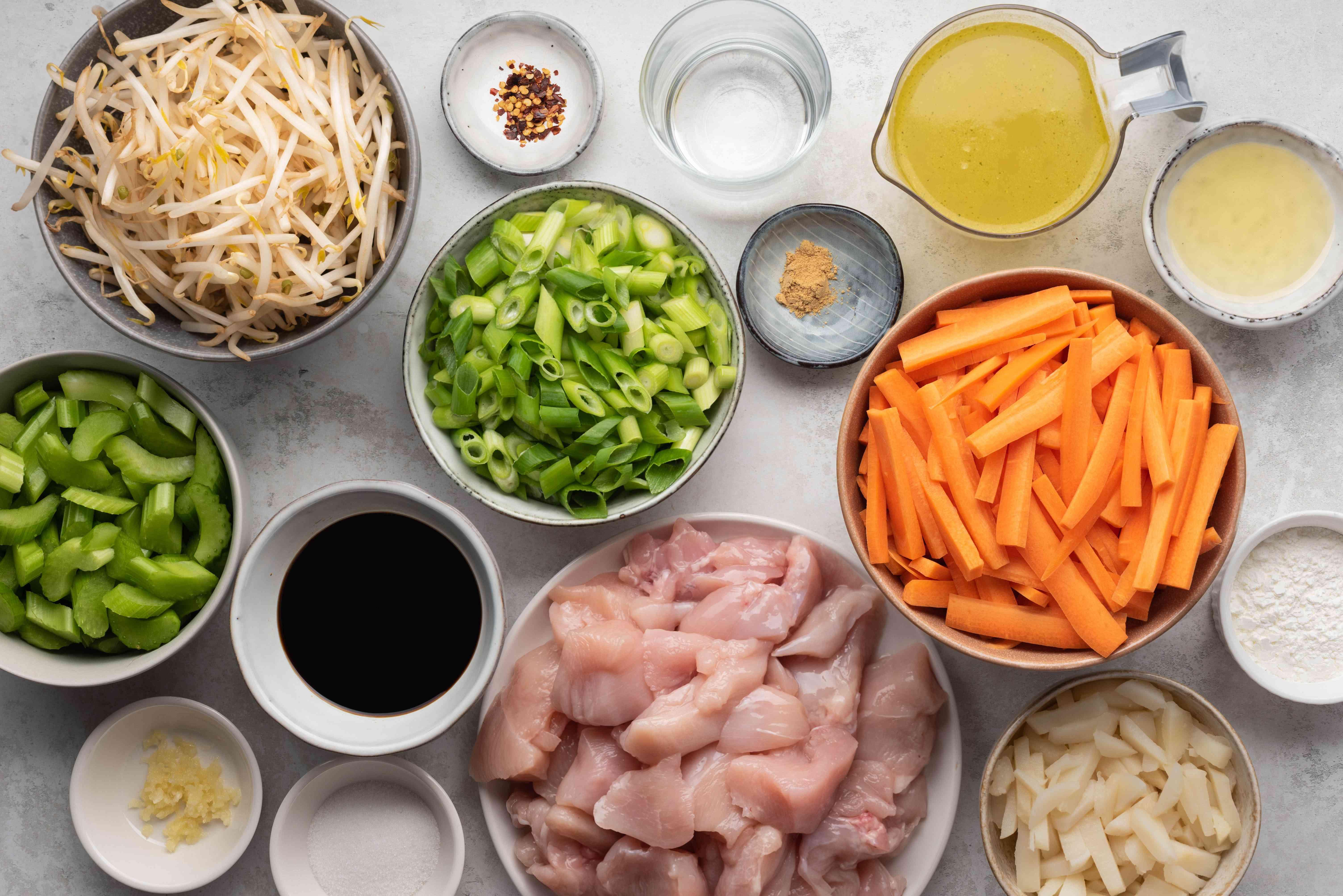 Crockpot Chicken Chow Mein ingredients