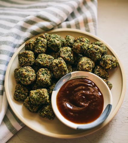 Broccoli tots beauty image 2