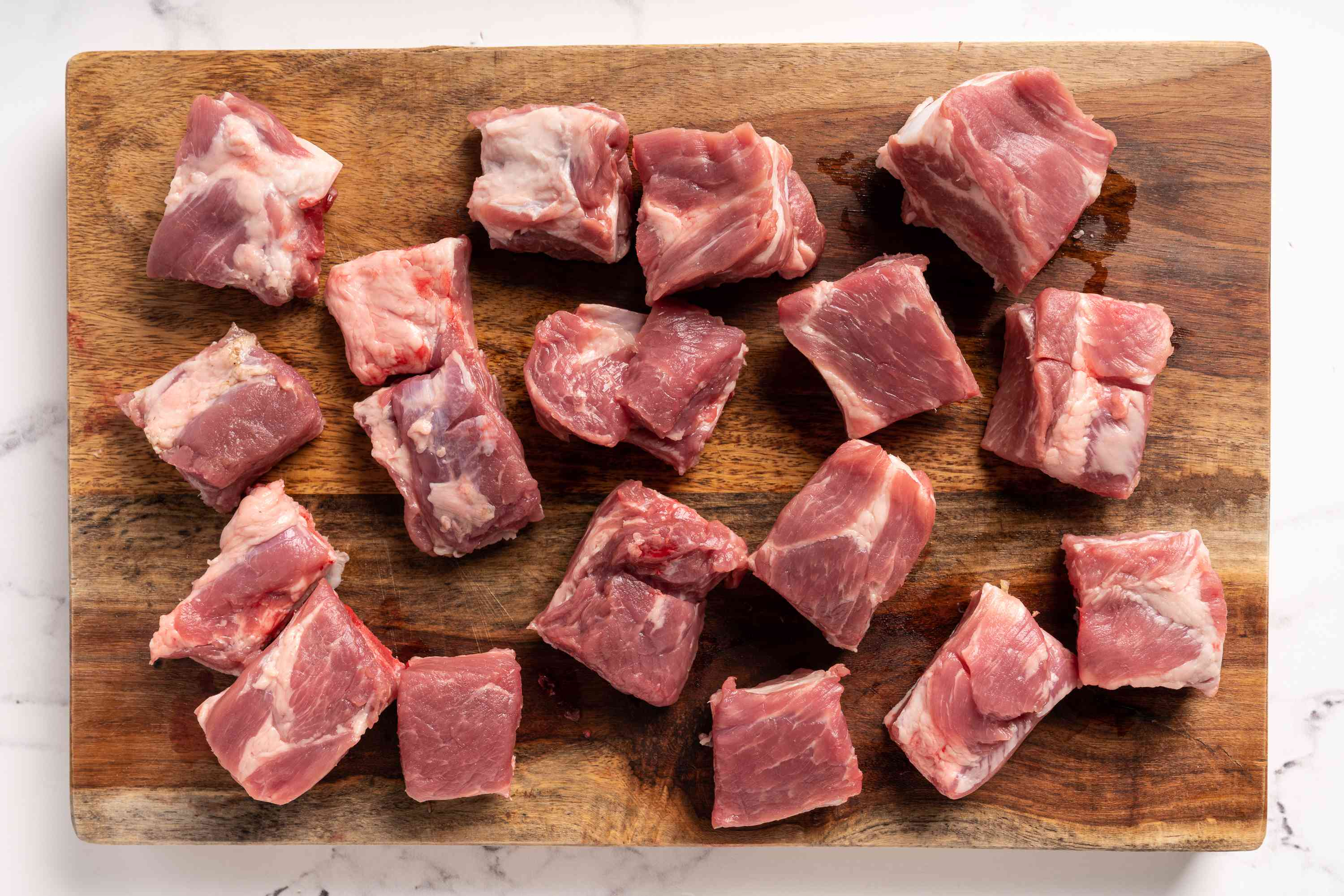 Trim the ribs and cut into 1-inch pieces