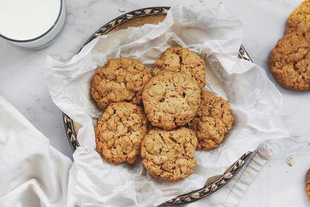 Easy British Hobnob Biscuit Cookie Recipe