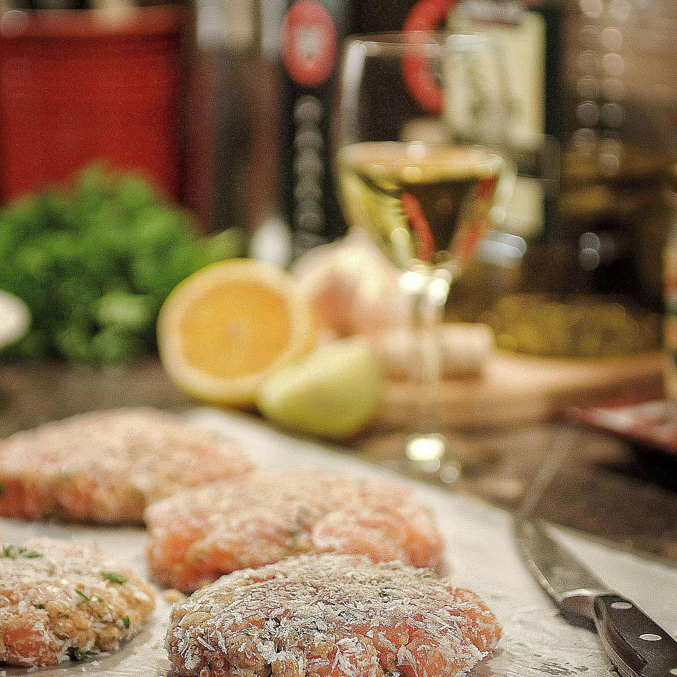 Grilled Salmon Cakes