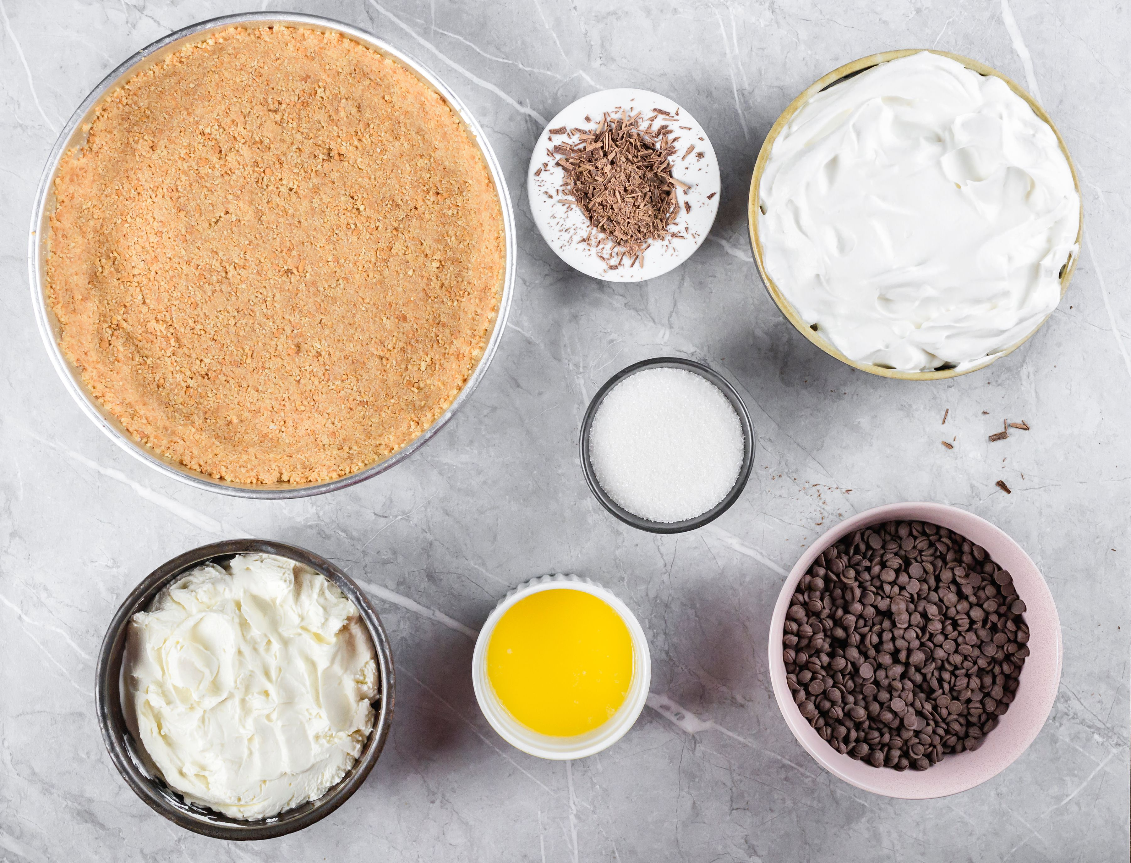 Ingredients for no bake chocolate cheesecake