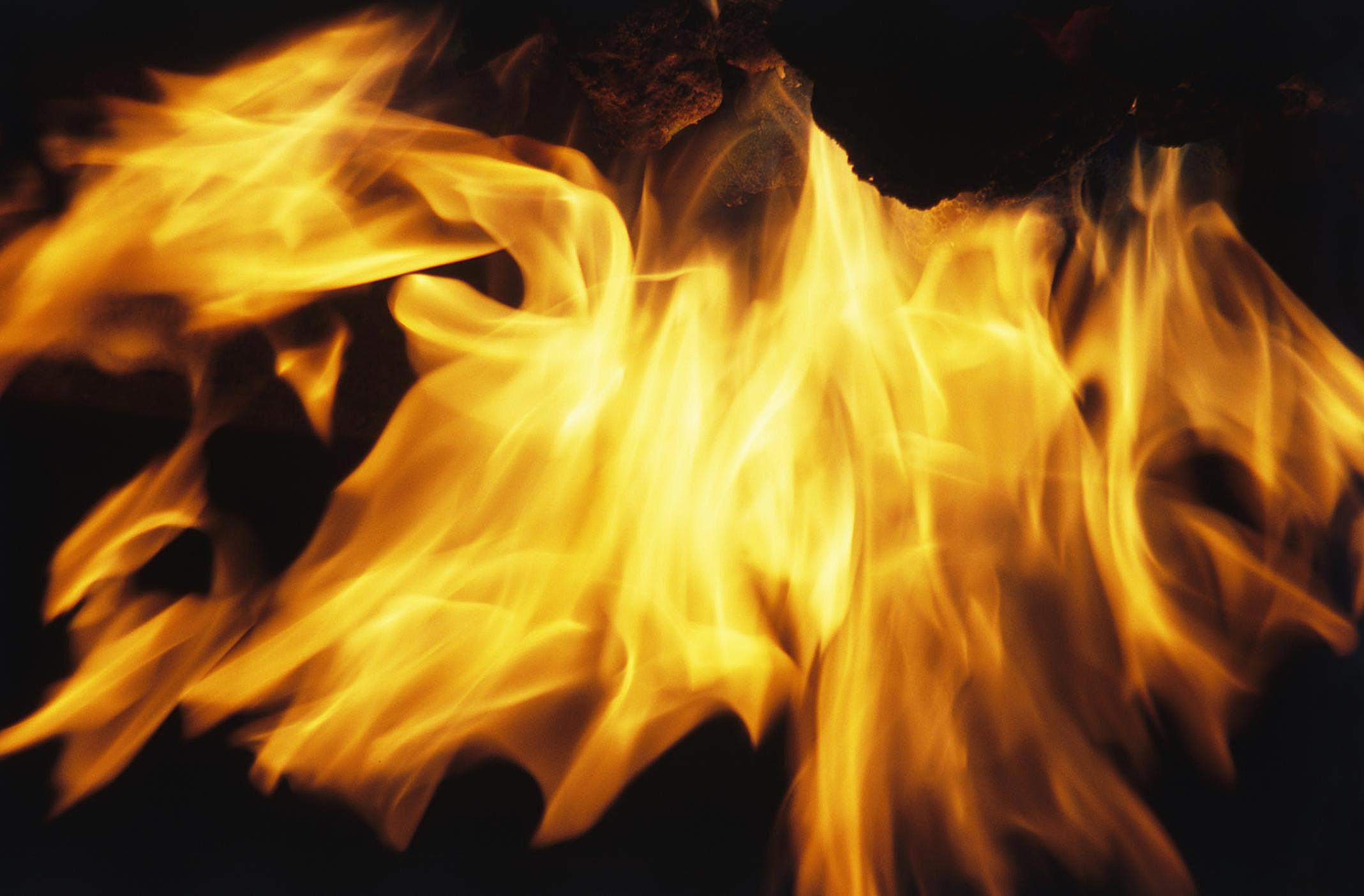 Картинки желтый огонь