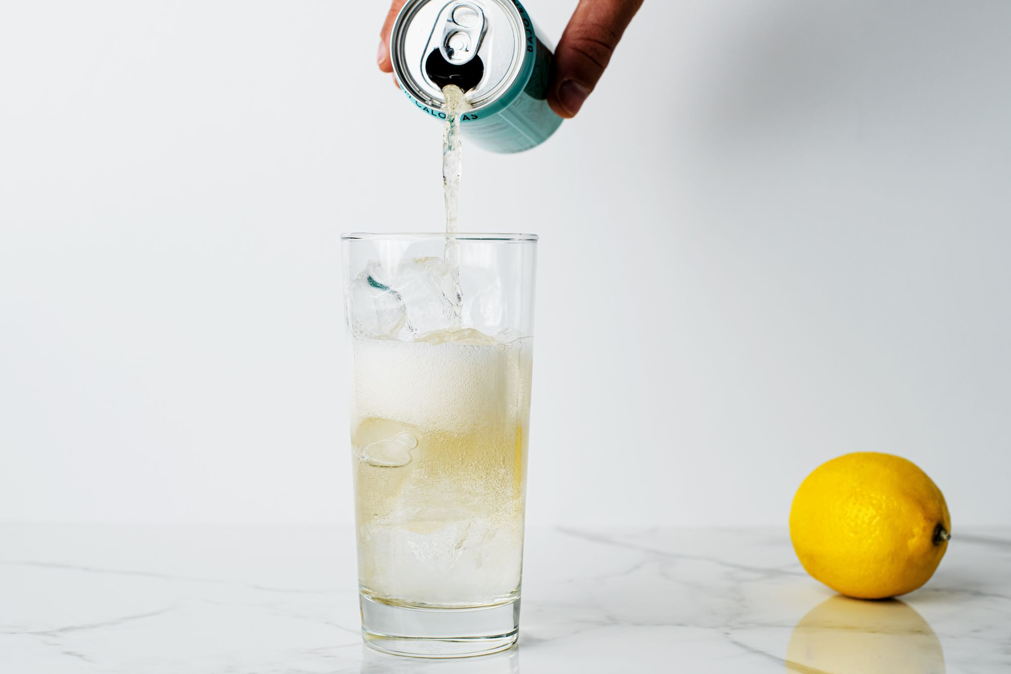 Gin topped with ginger ale