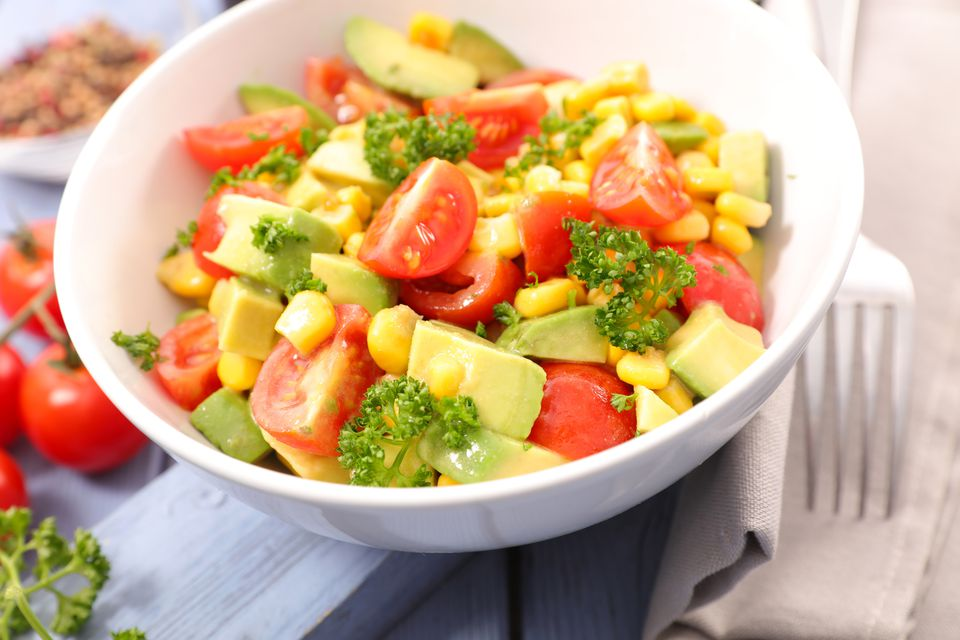 Ensalada de maíz y tomate